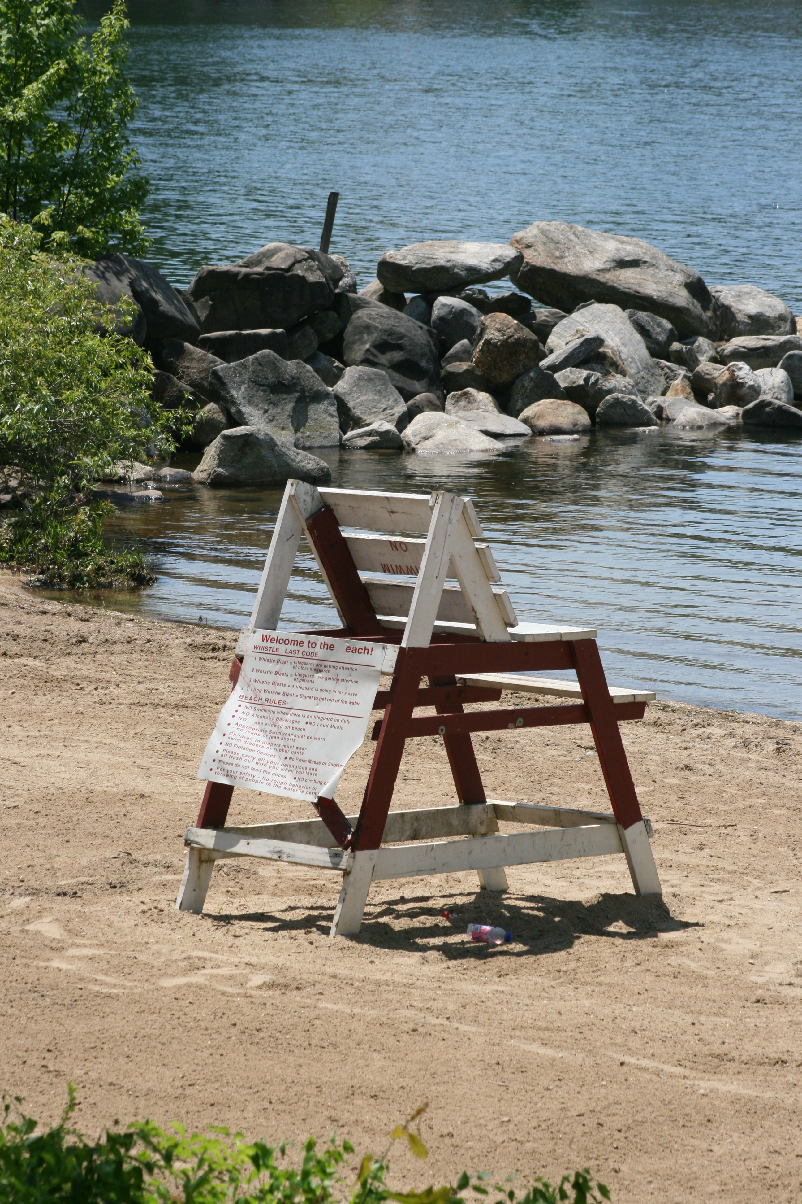Beach Rules On Wooden Chair