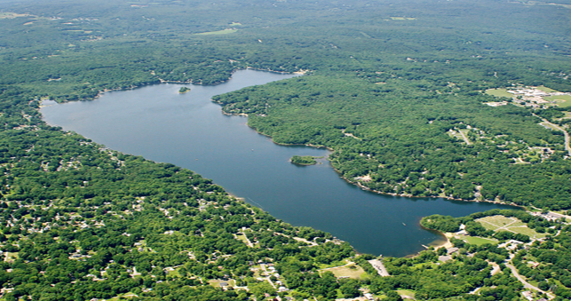 Aerial photo of Coventry Lake